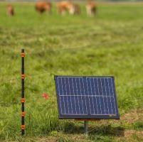 Zdroj impulzů Gallagher S400 se solárním panelem